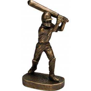 Premium Quality Cricket Player ~ 25.5cm High (Euro 23.00)