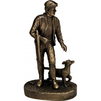 Premium Quality Hunter and Gun Dog ~ 24cm High (Euro 33.00)